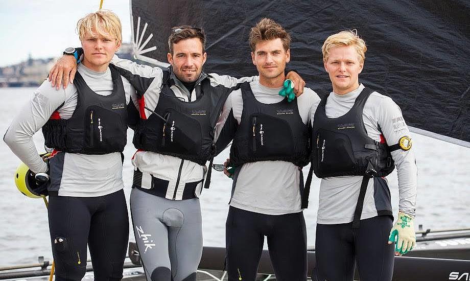 Fra venstre. Lars-Peter Rosendahl, Jonas Warrer, Mads Bendix og Hans Christian Rosendahl. Foto: M32