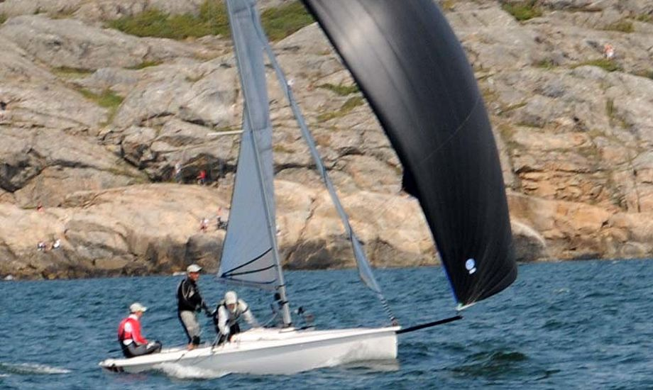 Anders Nyholm og mandskab i Marstrand. Foto: regatta.nu