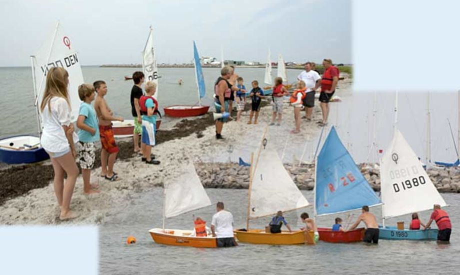 """I 2010 lavede en gruppe forældre på Endelave en """"spontan sejlerskole"""". I løbet af to uger var mere end 30 børn og unge på vandet."""