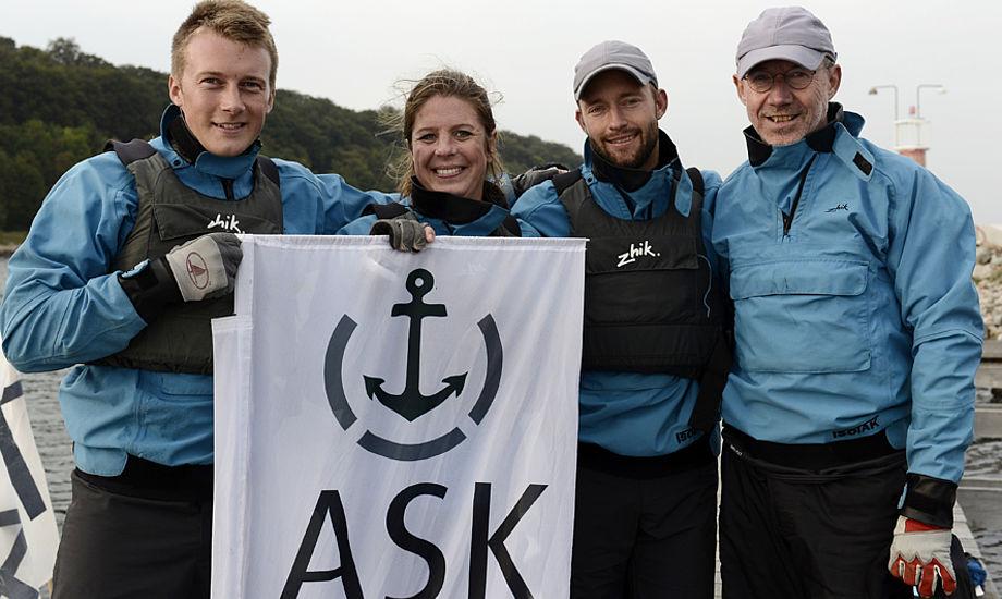 Peter Warrer står her til højre i billedet. Foto: Flemming Ø. Pedersen/Dansk Sejlunion