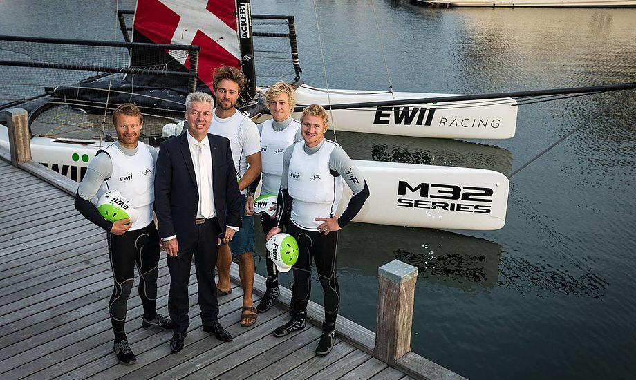 Det er nye tider hos Kongelig Dansk Yachtklubs unge M32-hold, der i denne uge ændrer navn til EWII Racing (tidligere TREFOR Racing).