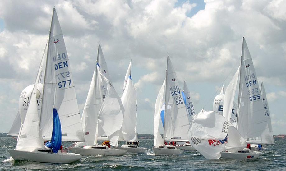 Arkivfoto fra DM i H-båd i år. Et mesterskab, som Claus Høj Jensen vandt.