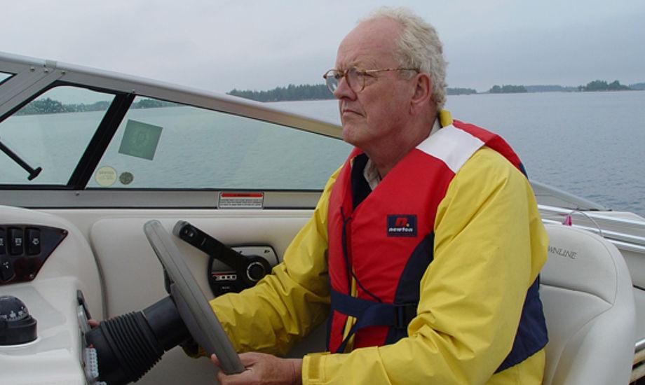 Jakob johannsen på en speedbåd