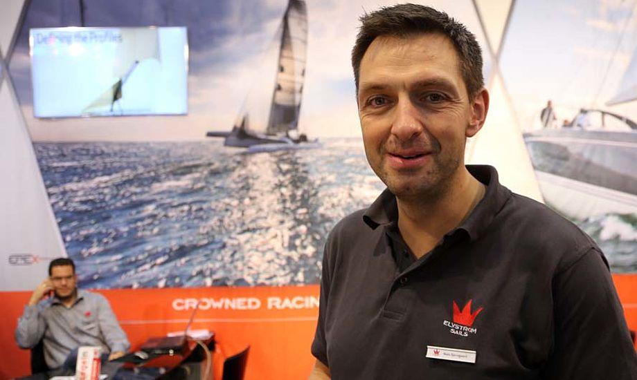 - Vi arbejder primært med tursejl, men også vores racingsejl har vist sit værd på banerne i 2014, siger Niels Bjerregaard. Foto: Troels Lykke