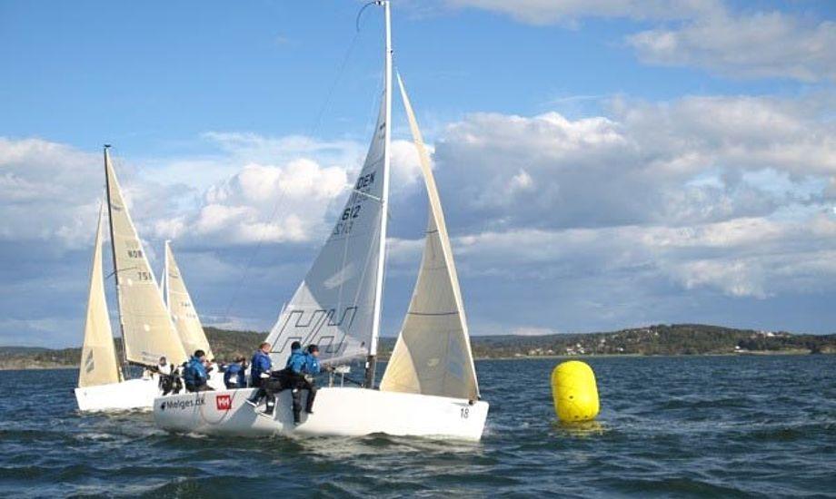 I alt 24 både deltog i Svensk Mesterskab for Melges24. Foto: Lars Bo Poulsen/Ulmann Sails