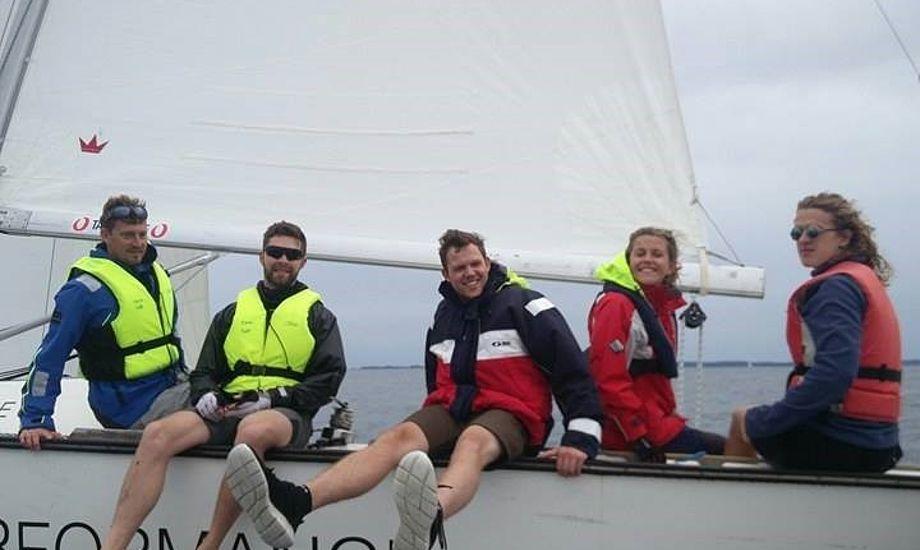 Martin Kirketerp fra Aarhus, professionel sejler på TP52er, var på Oure og dele guldkorn ud. Foto: Oure