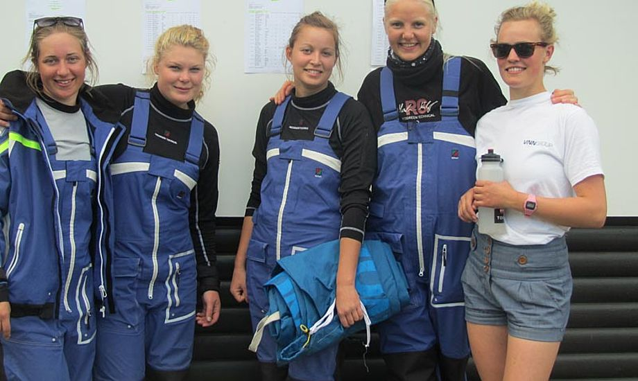 TeamXX fra venstre: Anette Viborg, Line Just, Joa Storebjerg, Karoline Klint og Anne-Julie Schütt. Foto: TeamXX