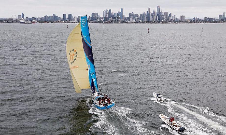 Vestas 11th Hour Racing på vej ind til Melbourne, hvor sejlerne glædede sig til en burger og en kold fadøl. Foto: Volvo Ocean Race