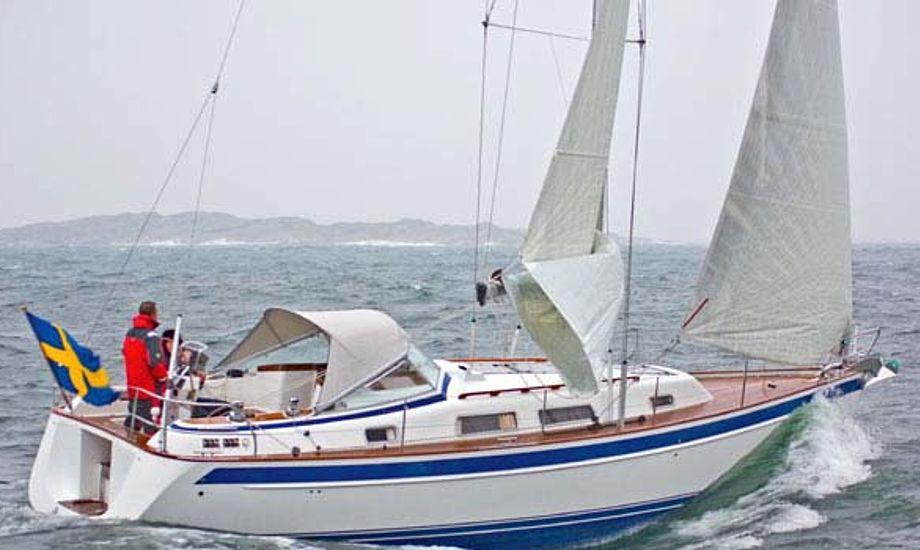 Hallberg Rassy 372 vejer 9,5 ton fuldt udstyret.