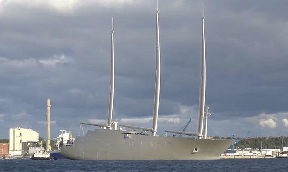 Se 'Sailing Yacht A' på vandet 5. oktober