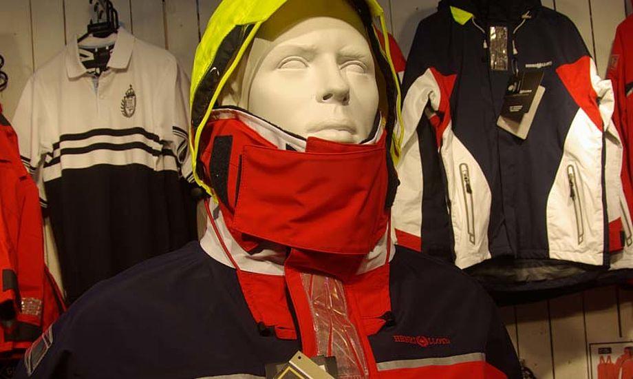 Freedom jakken er konstrueret i Gore-Tex Performance Shell, der er i en mindre kraftig stof-kvalitet. Foto: Troels Lykke