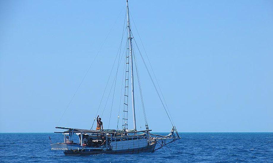 Ashmoore Reef med indonesiske fiskere i klassiske sejlskibe. Foto: Exabyte