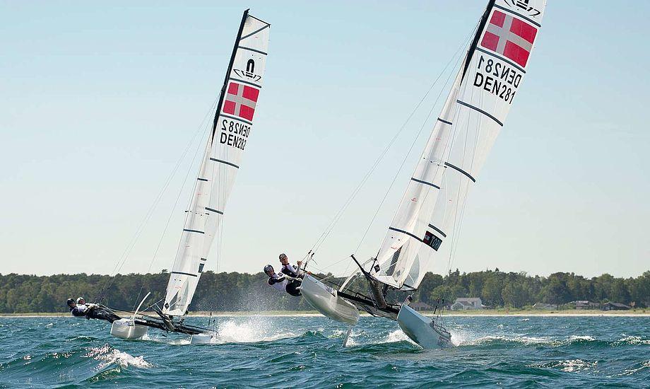 For en uge siden sluttede de to danske Nacra-besætninger på en henholdsvis 2. og 3. plads ved opvarmningsstævne. Foto: Dansk Sejlunion