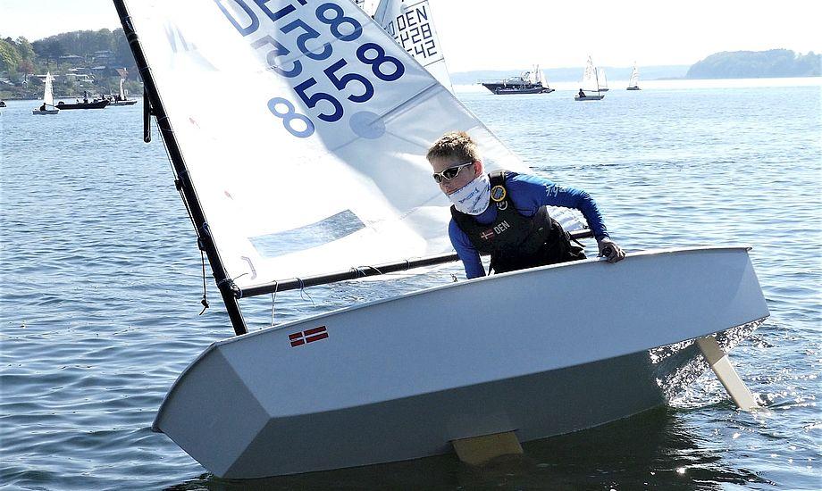 Magnus Heegaard fra Egå Sejlklub fører Optimisternes rangliste, der dog endnu ikke er offentliggjort. Foto: Jens Thaysen
