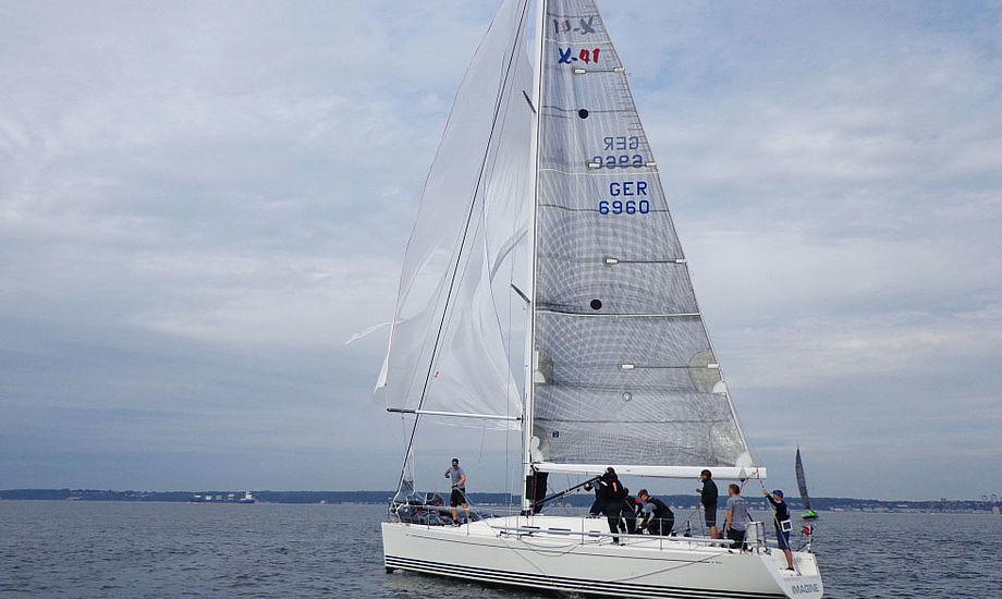 X-41 fører Sjælland Rundt lige nu. Fotos: Helsingør Sejlklub