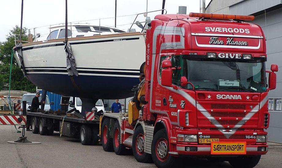 - Flere billeder af båden følger, vi skal lige have de sidste teknikere smidt ud af båden, siger Nordship.