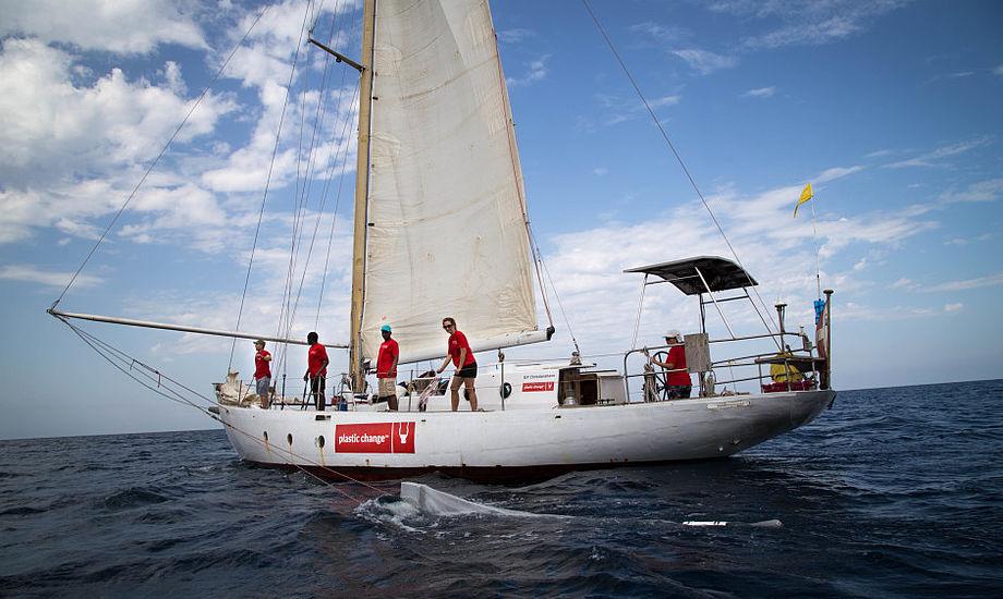 Henrik Beha Pedersen og Plastic Change er stævnet ud ved Bermuda med en særligt udviklet trawl, som skal indfange omfanget af plastikforurening.
