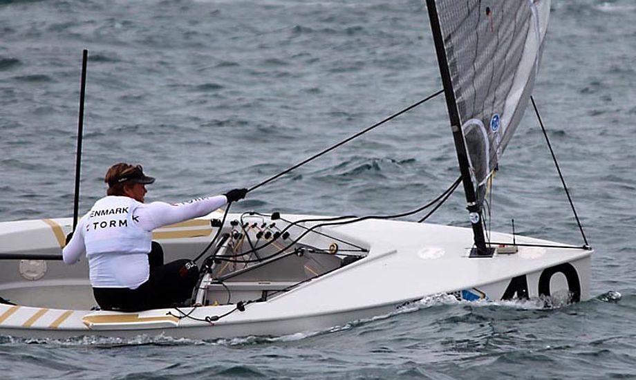 Jonas Høgh-Christensen ses her under medal race i Perth. Det blæste 8-10 knob i finalen. Foto: Robert Deaves