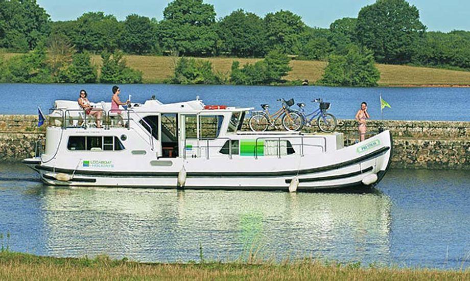 Var en Penichetter noget til sommerferien, kan den ses i Hornbæk havn.