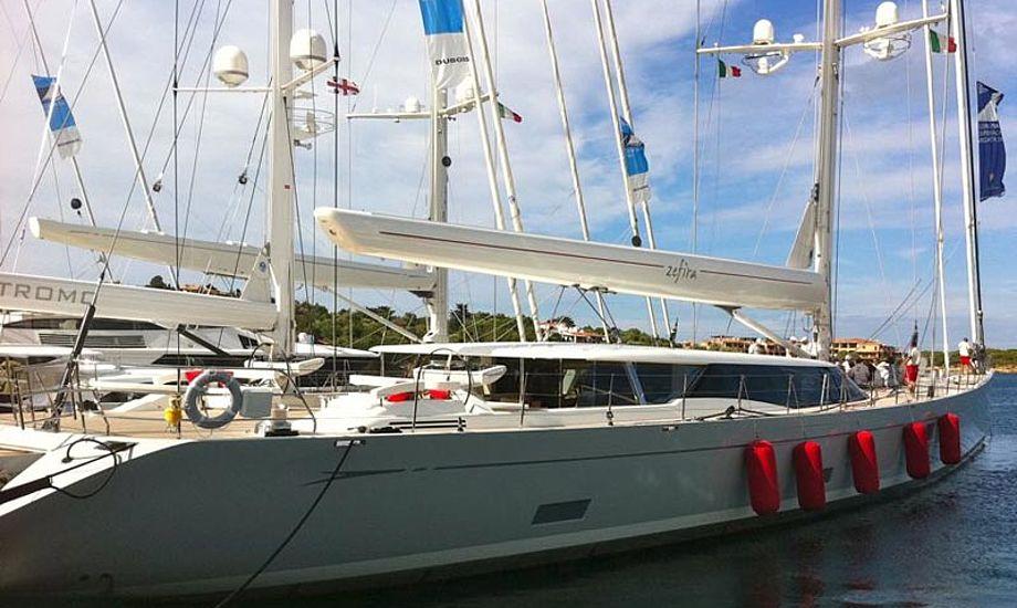 En af bådene fra Cruising feltet, den måler 160 fod! Foto: Jesper Radich.