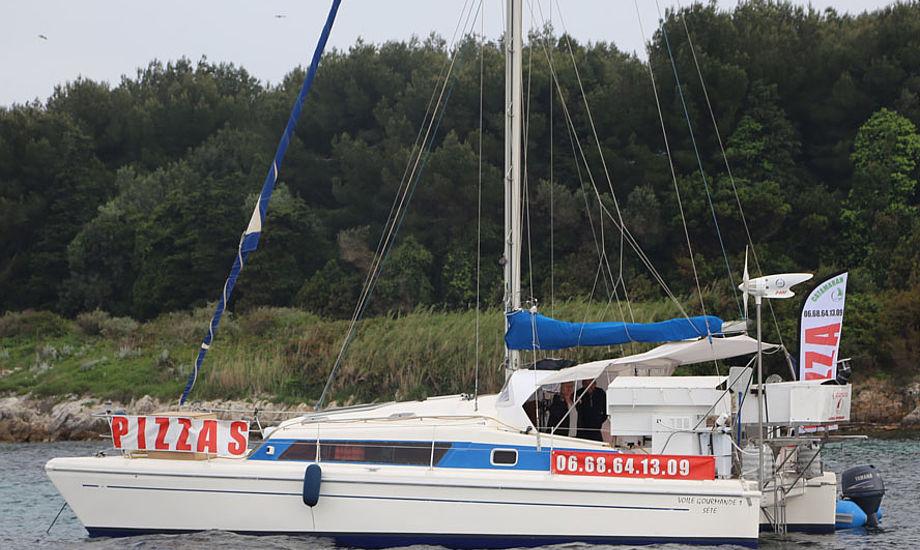 Minbaad.dk er lige i Cannes og teste Sea Ray, Bayliner og Blue Whaler. Foto: Troels Lykke