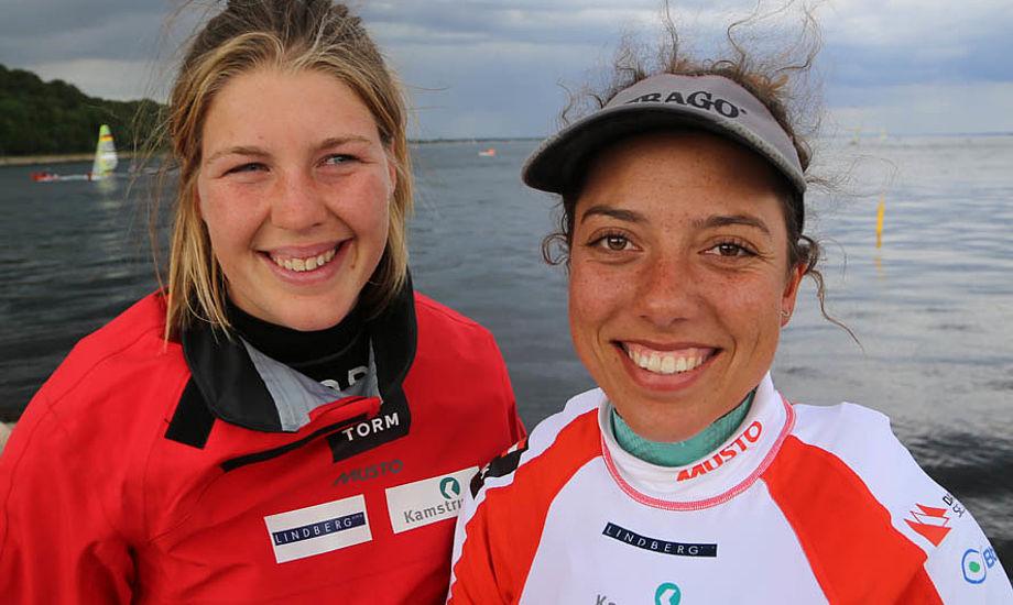 49erFXerne Marie Thusgaard Olsen og Ida Marie har slappet af og restitueret efter U-24 VM-guldet, fortæller Marie her til aften til minbaad.dk  Foto: Troels Lykke