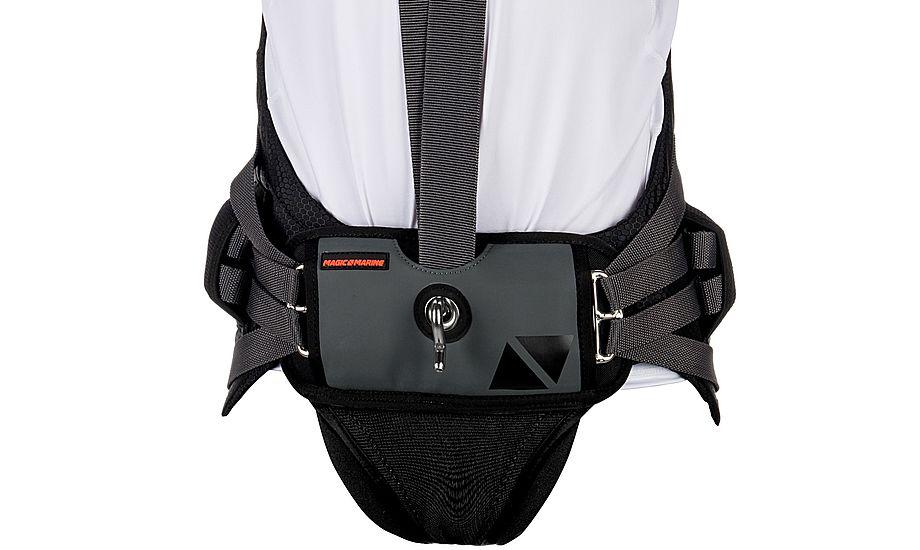 Spreaderbar har ergonomisk pasform og er lavet i rustfrit stål, og fordeler belastningen fra trapezen. PR-foto