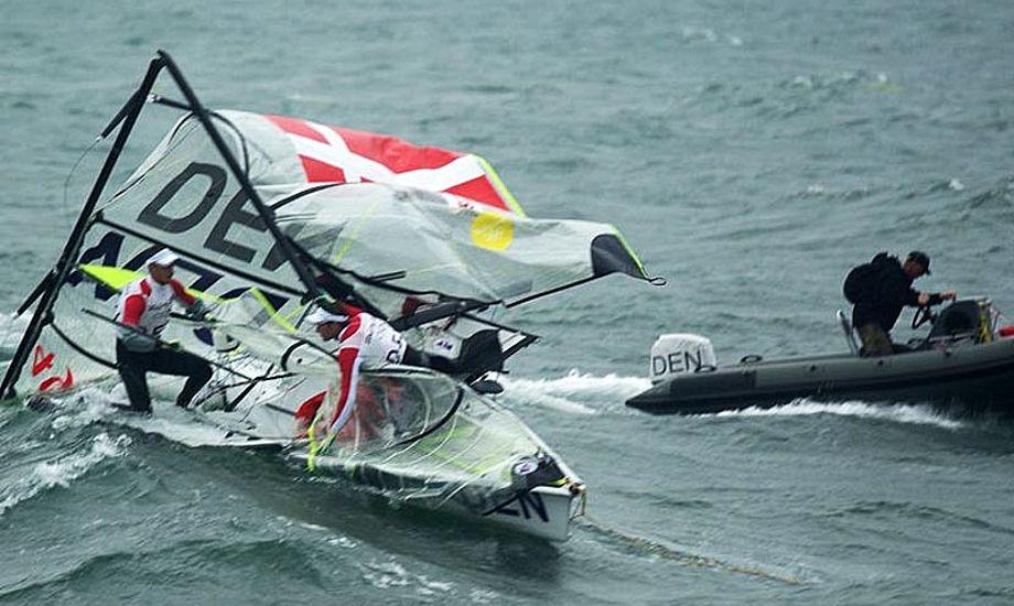 Warrer/Kirketerp i en noget presset situation til OL i 2008. Foto: Troels Lykke