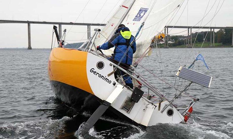 Ole Larsen var mindste båd under Bådnyt og Svenborg Amatør Sejlklubs singlehandsejlads i september. Foto: Troels Lykke