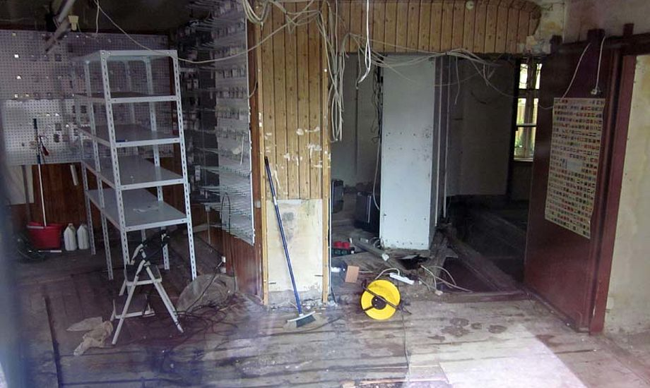 Der bliver ikke Claus V forretning på denne adress mere, hvor der blev ødelagt for mio. af kroner. Foto: Troels Lykke