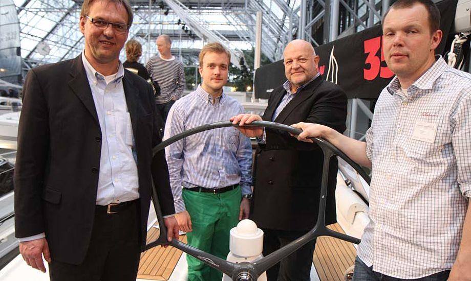 I Bella Center på en Dehler 35. Fra venstre: Ralf Tapken, Kasper Reese, Henrik Reese og Lars Nordbjærg. Foto: Troels Lykke
