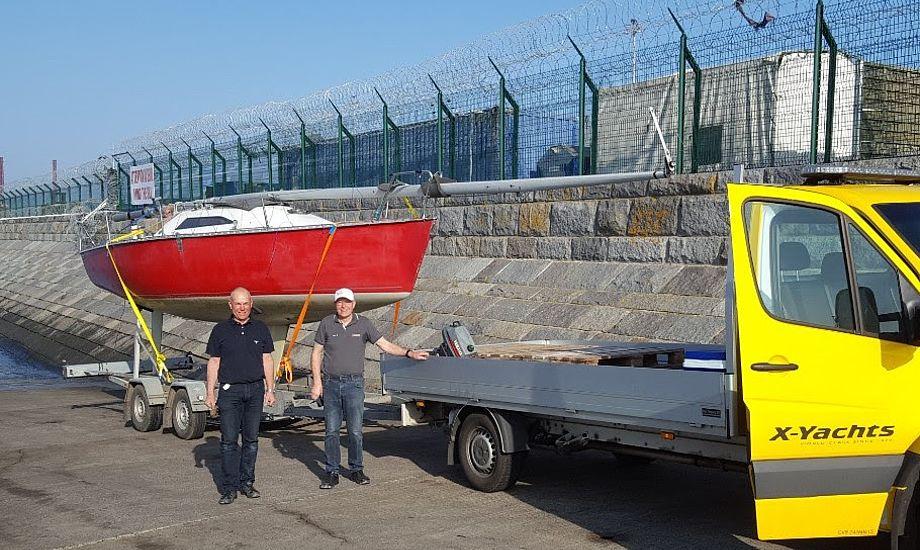 Lars Jeppesen og Birger Hansen står her med den første X-79er, der bliver gjort i stand til 40 års jubiluæm næste år. Foto: X-Yachts