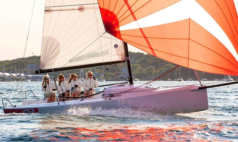 Det bliver bl.a. muligt at sejle i en J/70'er. Foto: jboats.com