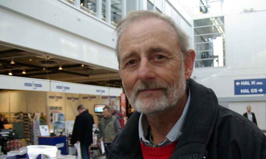 Finn 'Beton' Jensen kender Hans Natorp, som han knækkede en mast sammen med sidste år i en X-79er under Two Star-sejlads i Århus mod Samsø. Foto: Troels Lykke