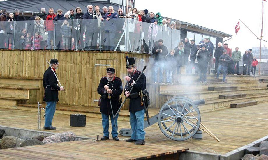 Jyske Dragon regiment saluterede til åbningen. Foto: Horsens Sejlklub