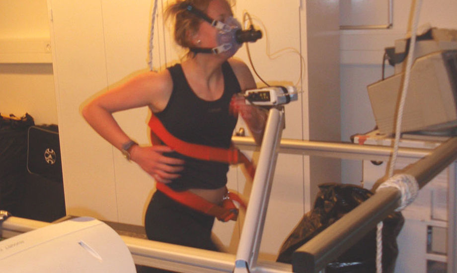 Her ses Stinne Andersson i VO2max-test. Foto: Nicolai Holm Jensen