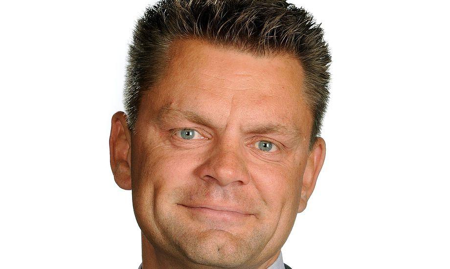 Kræn er 45 år, bor i Rødekro og har en kommerciel baggrund og erfaring med produktion og produktionsoptimering fra 10 år i Berendsen gruppen.