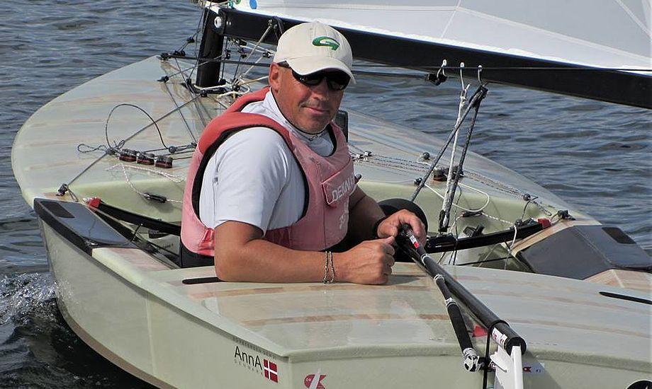 54-årige Bo Petersen vandt EM-bronze i år og nu også DM i OK-klassen. Foto: Horsens Sejlklub