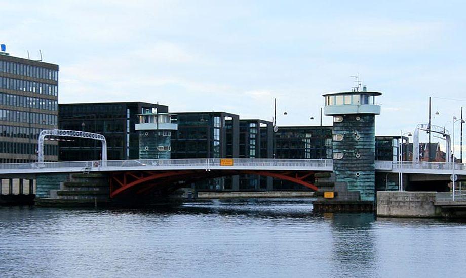 Skal båden passere Knippelsbro i Københavns havn er det nu gratis.