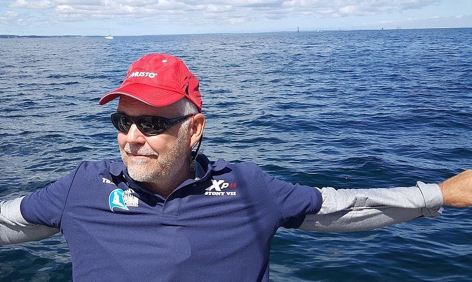 Stig Westergaard sejler hver uge med Xp-44eren. - Holdet kørte godt inden jeg kom om bord, siger Westergaard til minbaad.dk. Foto og video: Troels Lykke