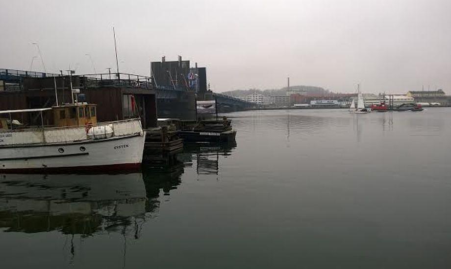 Peter N. Andersen fra Aalborg Sejlklub mener at efterladte både er et stigende problem i hele Danmark. Foto: Troels Lykke