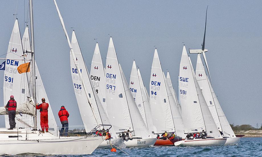 Tæt start på Køge Bugt i H-båds-klassen.
