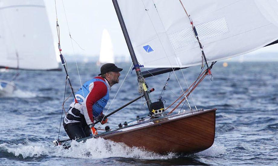 Søndag fik sejlerne to sejladser i regnvejr. Foto: media.kieler-woche.de