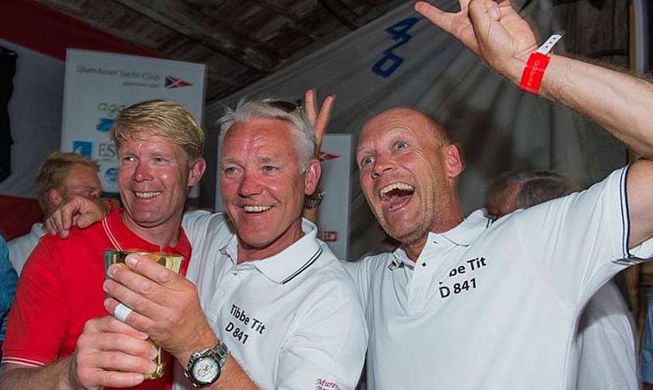 Fra venstre ses Claus Nygaard, Michael Empacher og Brian Frisendahl. Holdets fokus i år var kun Guldpokal i Folkebåden, de før har vundet DM i.