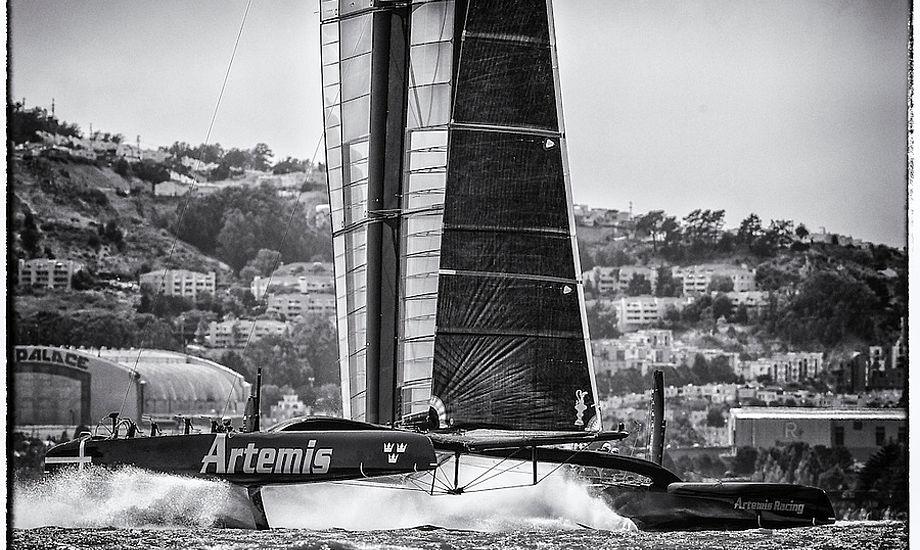 Christian Kamp, der sejler på Artemis i America's Cup er dybt professionel og er måske manden, der kan få SAP-holdet på podiet igen.