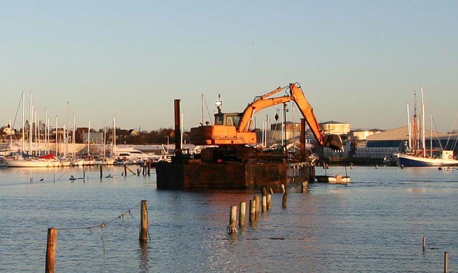 Arbejdet med at få lystbådehavnen i Fredericia færdig er i fuld gang, og forventes afsluttet til sankthans. Foto: fredericia-lystbaadehavn.dk