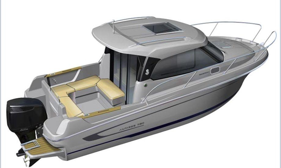 Der er god plads i båden, da der er udenbords motor. Foto: Risbjerg.dk