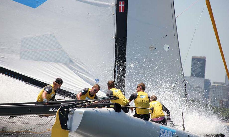 SAP Extreme 40-sejlerne Jes Gram-Hansen og Rasmus Køstner forsøger at trænge igennem med deres budskaber hos Dansk Sejlunion.