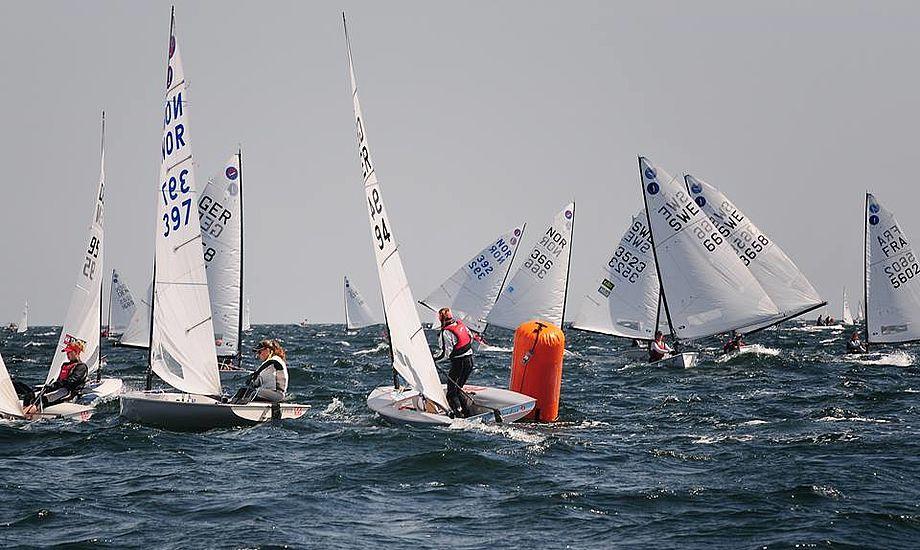 Runder man topmærket som nummer 10, er det vigtigt ikke at gå i panik over den lange vej op til den forreste båd.