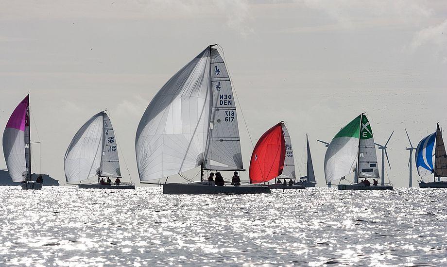 Stævneleder Dan Ibsen opfordrede alle de andre sejlere til at gå hjem i deres klubber og motivere til at unge sejlere kommer i gang i en spændende, moderne klasse som J/70.